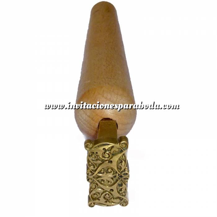 Imagen Con NUESTRO diseño Sello para cerámica y cuero 3.5 cms.